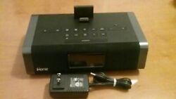 iHome iDN45 Dual AM/FM Clock Radio iPod/iPhone Aux-In Speaker System Black