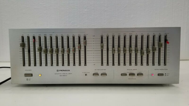 PIONEER SG-9800 12 Band Stereo Graphic Equalizer Silver Face Audiophile