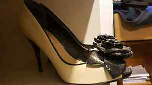 Cream and black high heeled shoes Dune brand size eu 37 Lesmurdie Kalamunda Area Preview