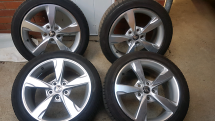 Holden Commodore VE VF SS SV6 tyres