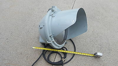 LARGE NAVY NAVAL FLOOD LIGHT MARINE SALT WATER CP1R2T1
