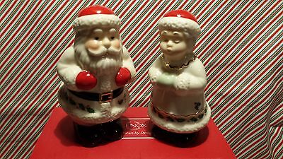 """LENOX """"HOLIDAY SANTA AND MRS CLAUS SALT & PEPPER SHAKERS"""" -- NEW IN BOX"""