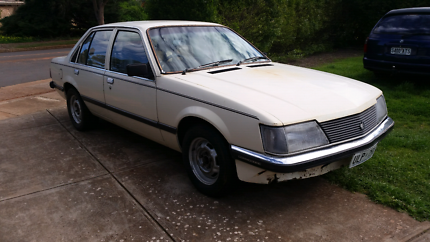 1982 VH SL Commodore rolling shell. No running gear. Was a  6.