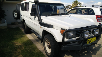 Toyota Landcruiser troop carrier 4.5 petrol 4x4