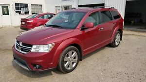 * * 2011 DODGE JOURNEY R/T AWD * 6 MONTH WARRANTY INCLUDED * *