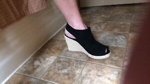 Suede Wedge NWT 7