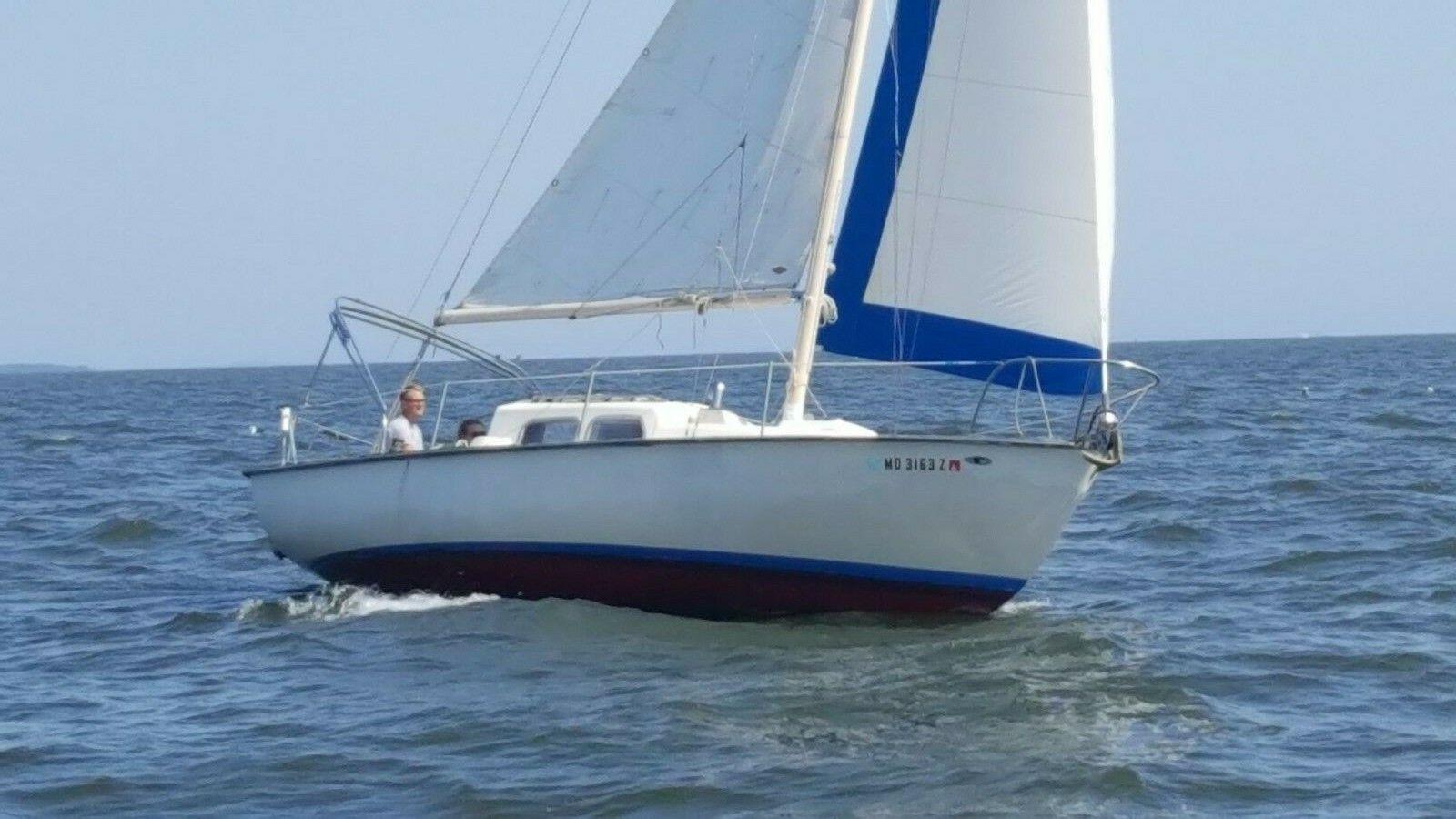 Tartan 27 Sailboat with Rebuilt Engine (Shallow Draft)