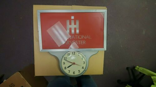 International Harvester Clock - Colectable