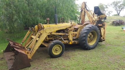 Wanted tractors and machinery Park Ridge Logan Area Preview
