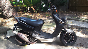 Yamaha beewee yw100 scooter. 11 months rego North Bondi Eastern Suburbs Preview