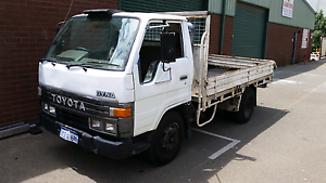 Toyota dyna 1995 ( trade for 4x4 ute) Maddington Gosnells Area Preview