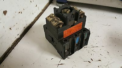 Klockner Moeller P3-63 Isolator Switch Without Knob, 60A, 600VAC, Used