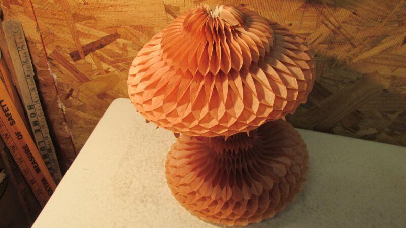 1 Antique Beistle Honeycomb Valentine    No. 2