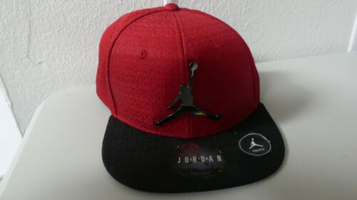 Air Jordan Youth Red Black Metal Logo Jumpman Hat