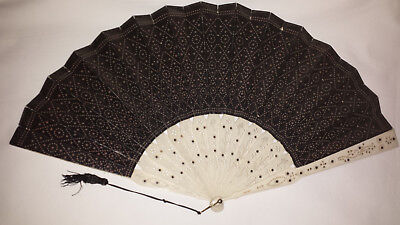 Handheld Fan pierced and carved sticks and guards  c1900s - Hand Held Fan Sticks