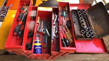 ASSORTED TOOLS AND TOOL BOX, SOLD AS THIS ,PICK UP FROM ASHBURTON