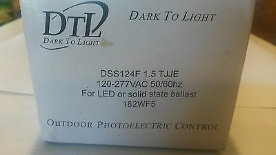 Dtl Outdoor Photoelectric Control Dss124f 1.5 Tjje New