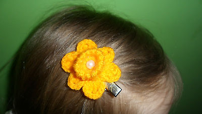 HANDMADE CROCHET DAFFODIL HAIR CLIP 10 % MARIE CURIE CANCER CARE