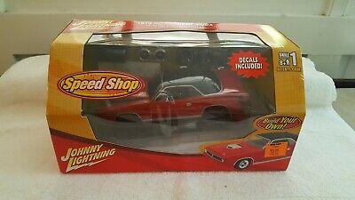 Johnny Lightning Speed Shop 1970 Plymouth Hemi Cuda 1:24 Diecast Kit Sealed 2006