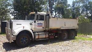 Kenworth W model - boggy Nowra Nowra-Bomaderry Preview