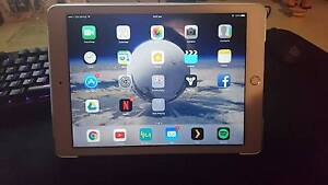 Selling White 16GB iPad Air 2 + Cellular Reservoir Darebin Area Preview