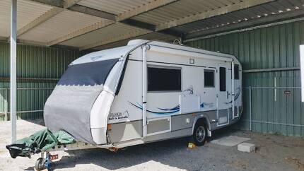Jurgens Caravan J2205