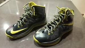 Nike Flywire Basketball Shoes - US Size 10