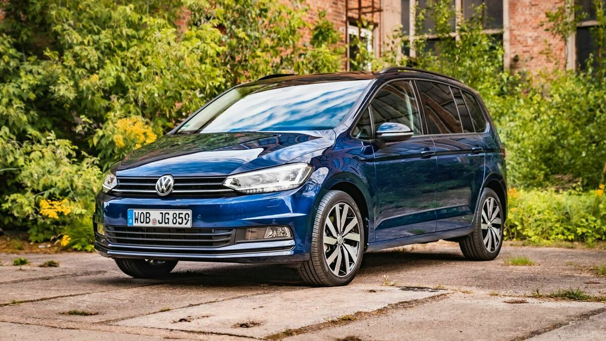 2020 VW Touran Price and Review