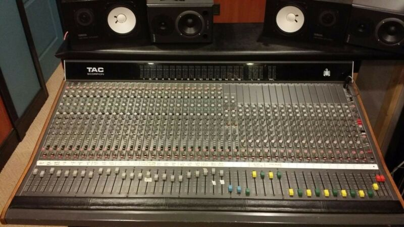 TAC Scorpion Analog Console Mixing Board