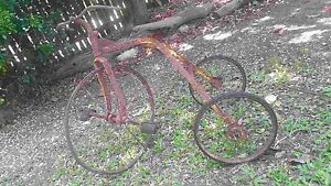 RUSTIC ANTIQUE KIDS TRICYCLE Torquay Fraser Coast Preview
