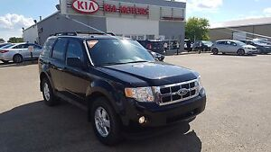 2012 Ford Escape XLT Blue tooth - Power Windows - Keyless entry