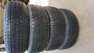 Blizzak DM-V2 235/55R 19XL Set of 4 Snow Tires