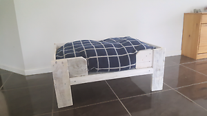 Wooden dog/cat bed Pacific Pines Gold Coast City Preview