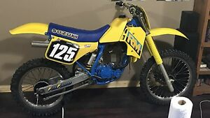 Wanted----1987 RM125 parts.