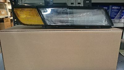 91 92 93 94 95 96 C4 CORVETTE RIGHT FRONT SIDE MARKER LAMP NEW GM