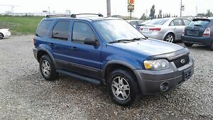 ** 2005 FORD ESCAPE 4X4 ** FULLY INSPECTED & 6 MONTH WARRANTY **