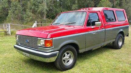 Ford F100 1982 7seater LPG