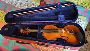 Used Stentor 4/4 full size violin