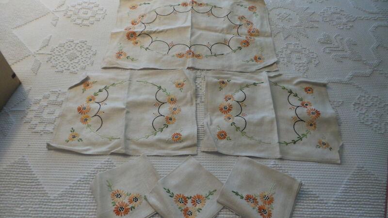 Antique Embroidered Table/Doily Set Placemats,Napkins,Centerpiece, ORAGE FLORAL