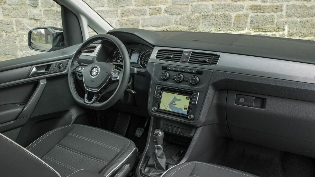 VW Caddy Cockpit
