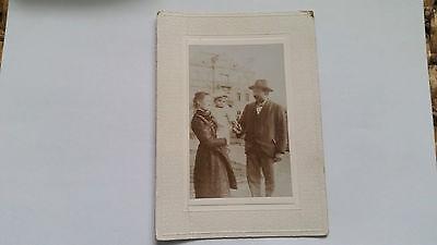 Foto 34K1696 Paar mit kleinem Kind um 1902 tolles Bild mit Rahmen ca. 11x16cm