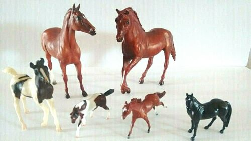 Vintage Lot of 6 Breyer Reeves Molded Plastic Horses Equestrian Toy Figurines.