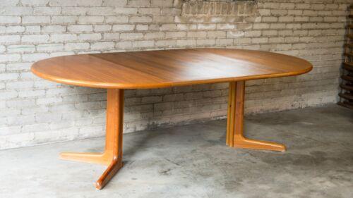 1970s Gudme Møbelfabrik Danish Modern Sculpted Teak Extension Dining Table