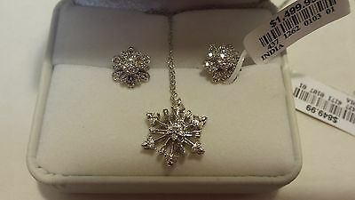 NWT 10K White Gold Snow Flake Diamond Earrings And Matching Necklace $1499 XMAS