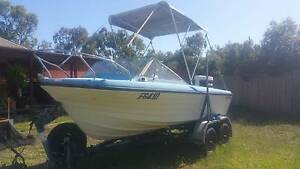 Swift Craft Searunner Boat & Tandem Trailer Aspendale Gardens Kingston Area Preview