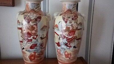 pair of   vintage japanese vases must see