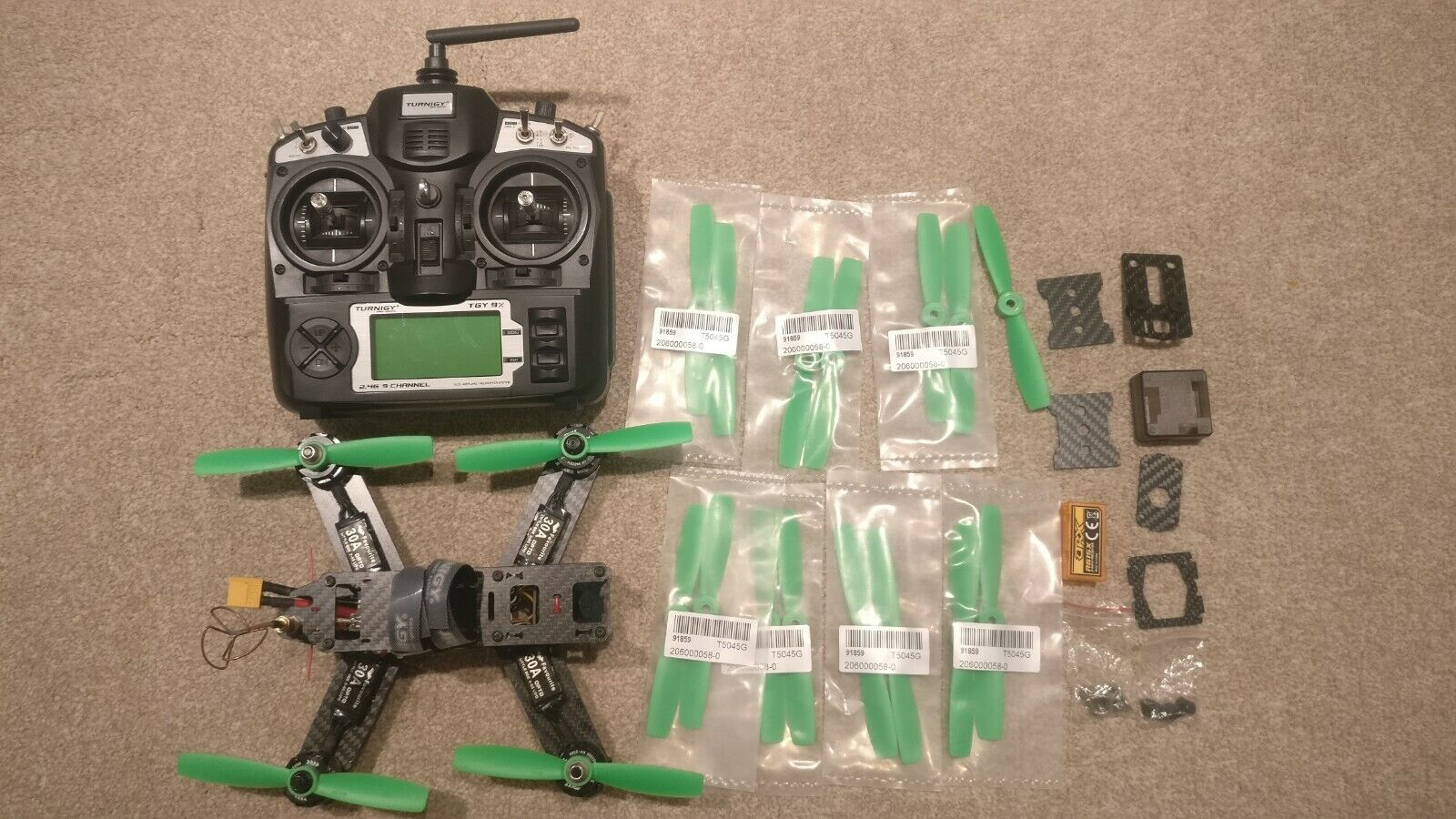 Racing FPV quadcopter MiniQuad Drone 250 class with TX, needs batteries, ARTF