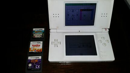 Nintendo DS lite and games Bedford Bayswater Area Preview