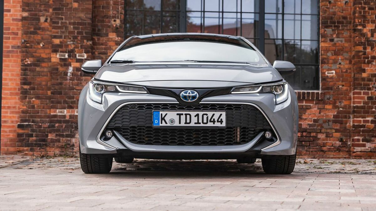 Toyota Corolla 2.0 Hybrid Frontansicht