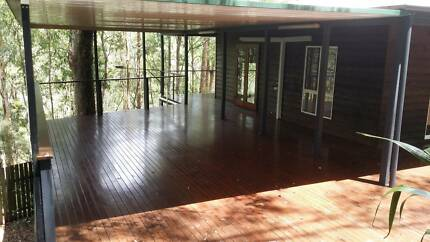 Huge four bedroom house on 2 acres available at Mount Crosby
